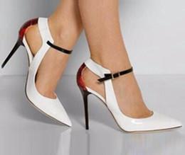 Casamento elegante fivelas on-line-Elegante Toe Pointy Senhoras Vestido de Festa de Casamento Sapatos de Salto Alto Cinta Fivela Mulheres Bombas