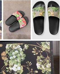 Wholesale Best Casual Shoes For Men - New Fashion slide sandals slippers for men and women Brand Designer shoes flower printed unisex beach flip flops slipper BEST QUALITY