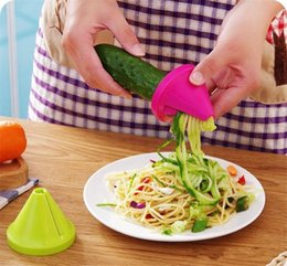 Wholesale cooking funnel - Latest Vegetable Shred Device Kitchen Tools adget Funnel Model Spiral Slicer Cooking Salad Carrot Radish Cutter