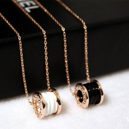 Wholesale Gold Top Circles - Hot sale Top Quality Gold Silver plated lettering White Black Ceramic circular ring pendant Necklace For Women Fashion Jewelry Party Gift