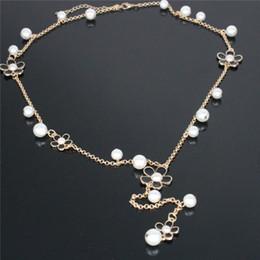 a899951bc4c6 Collana di design per donna Imitato Perla Fiore Pendenti per collane Cuore  Catena doppia Ciondolo Catena lunga Per accessori per gioielli vestito lungo  ...