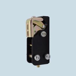 Fechaduras de portas industriais on-line-fechadura ajustável Forno de teste de câmara constante temperatura e umidade caixa de bloqueio da porta loja fria parte de hardware industrial