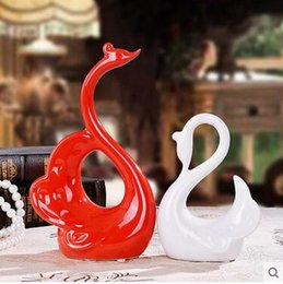 Wholesale Antique Red Cabinet - Home Furnishing crafts home decoration ceramic creative wedding gift set of modern living room TV cabinet decoration red white swan