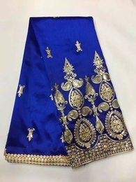 Wholesale Small Yards - 5 Yards pc Elegant royal blue George lace fabric with small gold sequins embroidery african cotton lace for clothes JG5-1