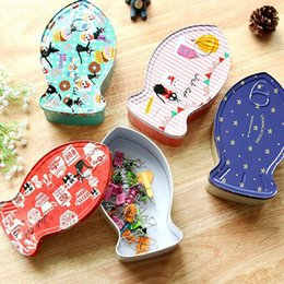 Wholesale Novelty Jewelry Boxes - Novelty Fish Shape Iron Box Tea Candy Storage Seal Box Wedding Favor Tin Box Jewelry Pill Cases Portable Container ZA4709