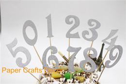Bolos de números on-line-Atacado-Conjunto de 10pcs Prata Glitter Toppers Do Bolo De Aniversário Personalizado Decorações Do Partido Do Queque Do Casamento Suprimentos Números De 0 A 9