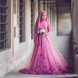 Wholesale Red Rose Scarf - 2018 Newest Dubai Arabic Long Sleeves Rose A Line Wedding Gowns High Neck 3D-Floral Appliques Muslim Bridal Dress With Scarf