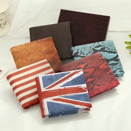 Wholesale uk wallet - Wholesale- 2016 Funny Novel new Men Wallet Pockets Card US UK flat Dollar Bill student Money clip Wallet BIFOLD women short cheap purse