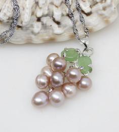 Lila jade perlenkette online-Neue natürliche lila Süßwasserperlen Jade Traube 2pc Anhänger Halskette
