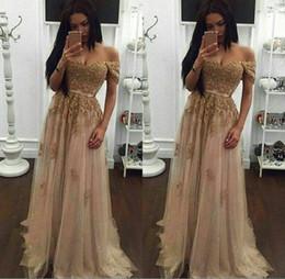 Vestido largo de palabra de corazón de champagne online-2018 Champagne encaje con cuentas de tul árabe vestidos de baile cariño una línea sin respaldo piso longitud vintage baratos vestidos de fiesta de noche formal