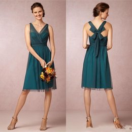Wholesale Teal Bows - 2017 New Cheap Vintage V Neck A Line Knee Length Teal Color Bridesmaid Dresses Short Tulle Satin Bow Cocktail Party Gowns Custom Made