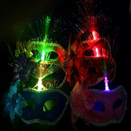 Discount wholesale items for parties - Hot luminous feather masks masquerade mask mask wholesale holiday items, costume party supplies
