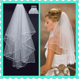 Wholesale Wedding Veils Free Delivery - 2016 Free Shipping Whole Sale In Stock Bridal Wedding Veil With Ribbon Edge Hot Sale Fast Delivery