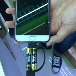 Cabo usb portátil universal on-line-2019 mais novo portátil mini cabo de carregamento usb emergência mínima 2A carregador de bateria para Samsung HTC Huawei Android