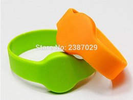 Wholesale Silicon Wristband Custom - Wholesale- Alien Higgs3 chip passive uhf rfid wristband silicon waterproof Rfid Wristband bracelet custom design for door entry system