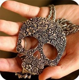 Wholesale Skull Necklace Vintage Design - Vintage Gothic Carved Flowers Skull Skeleton Pendant Necklace Sweater Ceative Design Long Chain Necklace for Girls Women Fashion Jewelry