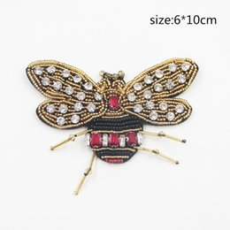Wholesale Rhinestone Patches - 1 Piece Of Rhinestone Beaded Bee Patches For Clothing Sewing on Beading Applique Clothes Shoes Bags Decoration Patch DIY Apparel
