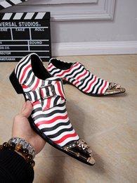 Argentina Calidad superior Colores Mezclados Cabeza de Hierro Punta estrecha Rayas de cebra Moda Vestido Hombres Zapatos Tacón plano Nuevo Diseño Pisos Zapatos de boda 2017 cheap zebra stripe flat shoes Suministro