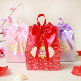 Wholesale Favors Bow - Wedding Candy Boxes Bridal Decoration Paper Baby Shower Favors Box Gifts Favor with Bow Party Bags Supply Red Christmas Chocolates Event