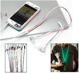 Bagliore arcobaleno nel buio Auricolare in metallo colorato luminoso Cuffia di illuminazione a bagliore Cuffie con microfono per Smart phone Laptop con scatola al minuto da