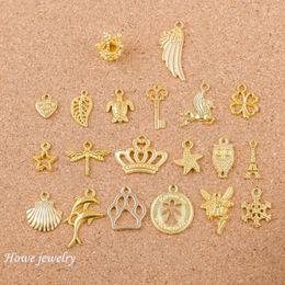 2019 braccialetto fatto gusci Misto 40pcs angelo corona ali di conchiglia forma Charms Gold-colore Fit Bracciali Collana fai da te gioielli in metallo Making Q005 braccialetto fatto gusci economici