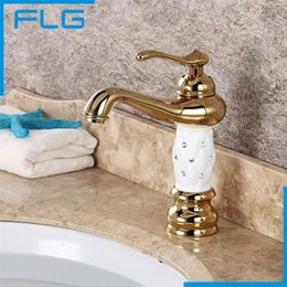 Wholesale Crystal Gold Bathroom Taps - Wholesale- Free Shipping Bathroom Basin Gold Faucet, Brass with Diamond Crystal Body Tap New Luxury Single Handle Hot and Cold Tap 100088
