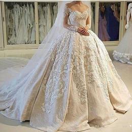 manga comprida ilusão decote bola vestidos Desconto Vestido de baile vintage vestidos de casamento ilusão decote sheer 3d apliques mangas compridas vestido de noiva da igreja personalizado vestidos de noiva