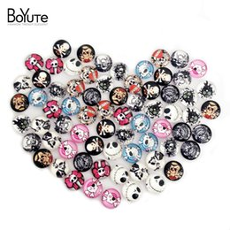 Wholesale Jewelry Ring Images - BoYuTe 70Pcs 10mm Round Glass Cabochon Mix Skull Lace Image Cabochon Jewelry Findings For Ring Base Setting xl5140