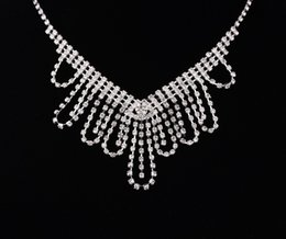 Wholesale Earrings Pierced - Free Shipping New A Set of Women Fashion Bridal Rhinestone Crystal Drop Necklace Earring Plated Jewelry Set Wedding Cheap Free Shipping