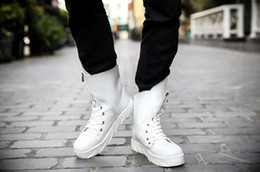 Wholesale Europe Tubes - Europe and the United States high leather white Martin boots men help round head tube han edition trend in short boots