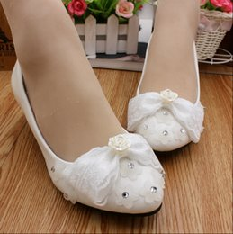 Wholesale Maids Shoes - Wedding shoe lace bowknot rhinestone roses creative hand Fashion is low with the bride shoes the maid of honor Female shoes