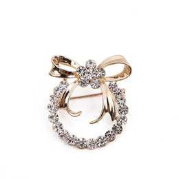 Wholesale Novelty Wedding Anniversary - Cute Ladies Girl Jewelry Clear Crystal Gold-Tone Lovely Single Ring Bowknot Brooch Pin Novelty Brooches