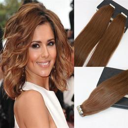 100% Remy İnsan Saç Dikişsiz Bant Saç Uzantıları # 6 üzerinde Orta Kahverengi Slik Düz Invisiable Cilt Atkı Bandı Brezilyalı Saç Uzantıları nereden ucuz renk bandı saç uzatmaları tedarikçiler