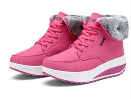 baixo calcanhar alto Desconto O envio gratuito de 2017 de Alta Qualidade bota de neve das Mulheres Clássicas botas altas Botas das mulheres Bota de Neve botas de Inverno de couro bota EUA TAMANHO 35-40