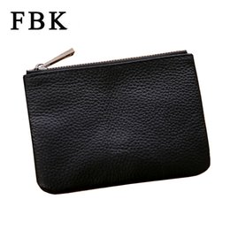 Wholesale Men Cluth Bags - Wholesale- Genuine Leather Fashion New Classic Simple Women Men Cluth Bag Zipper Small Coin Purses Card Holders Key Holder Change Wallet