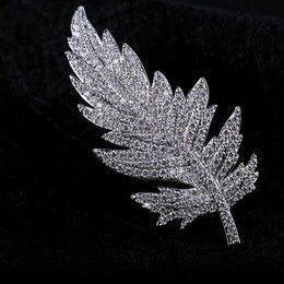 Wholesale White Elegant Cardigans - Europe and the United States high - grade leaves brooch elegant full diamond corsage girl wild coat cardigan big pin accessories