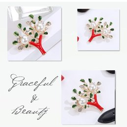 Wholesale Safety Pins Rhinestones - Hot sale Black Metal Tree Brooches Vintage Jewelry Simulted Pearl Bouquet Brooch Women Safety Pins Accessories