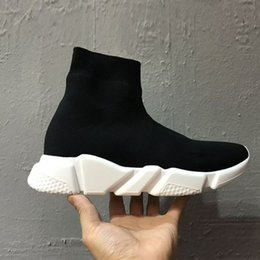 Wholesale Mid Calf Half Snow Boots - 2017 Fashion Black Wholesale Outdoor Boots Sports Running shoes for Women men canvas Sneakers With original Box
