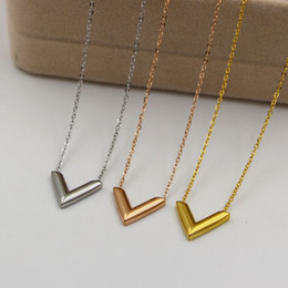 Wholesale Three Hearts Fashion Necklace - Titanium steel The Korean version of the three-dimensional V letter necklace fashion for women's short collarbone necklace accessories