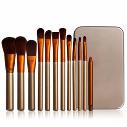 Pinceles de maquillaje Golden Brushes Kit Set Powder Blusher Eyeshadow Pincel de maquillaje profesional Cosmetic Face Brush Set con caja al por menor 12pcs / set desde fabricantes