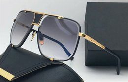 Wholesale Popular Fashion Sunglasses - Selling fashion designer sunglasses metal square 18K gold frame punk style top quality popular style uv protection eyewear with original box