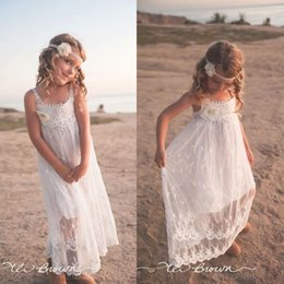 Wholesale Simple Flower Girl Dresses - 2017 New Lace Tulle Cheap Flower Girl Dresses for Summer Weddings Bohemian Spaghetti Straps Simple Holiday Girls Kids Gowns