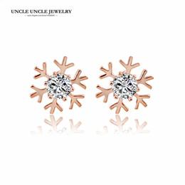 Wholesale gold snowflake stud earrings - Rose Gold Color Austrian Zircon Beautiful Snowflake Design Lady Stud Earrings Wholesale
