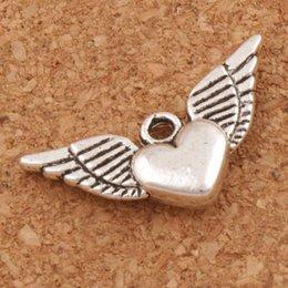 Wholesale Winged Heart - Angel Heart Wings Spacer Charm Beads Pendants 200pcs lot Antique Silver Alloy Handmade Jewelry Findings & Components DIY L189