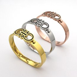 Wholesale Claw Couplings - Fashion Original Design Simple 18k rose gold Love charm Bracelets women titanium Stainles steel couple D Cuff Bangle Gift