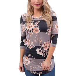 Wholesale T Shirt Printing Plus Size - 2017 Plus Size T-shirts Women With Flower Print Fashion White Pullover Blouses Casual Tops With O-Neck Autumn Woman Blouse Clothes