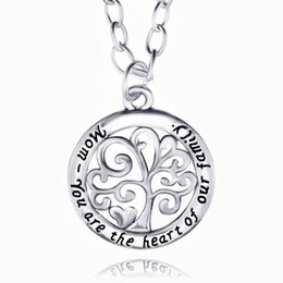 Wholesale Vintage Mom Necklace - New Fashion Tree Mom You are the Heart of Our Family Vintage Silver Pendant Necklace for Mom Gift Jewelry Accessory Wholesale