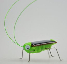 Wholesale Solar Moving Toys - Solar Power Robot Insect Bug Locust Grasshopper Toy Solar Power Mini Toy Car Moving Racer Teaching Gadget Solar Power toys KKA1597