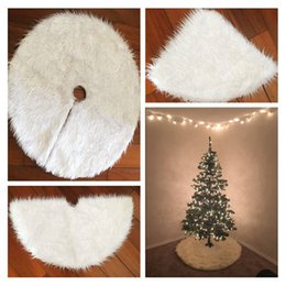 Wholesale Cheap Christmas Trees Decorations - Wholesale- Cilected Christmas Tree Skirt White Fur Carpet Christmas Tree Decorations Navidad Supplies Cheap Ornament Outdoor Tree Skirts