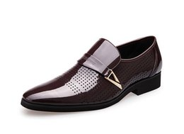 Wholesale Grooms Black Shoes - 2017 summer luxury Latest Groom dress shoes Men's breathable Hollow out leather shoes for men's Hole hole leather sandals Wedding shoes X461